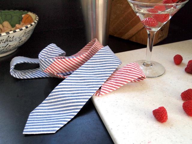 Tie - Berry Martini